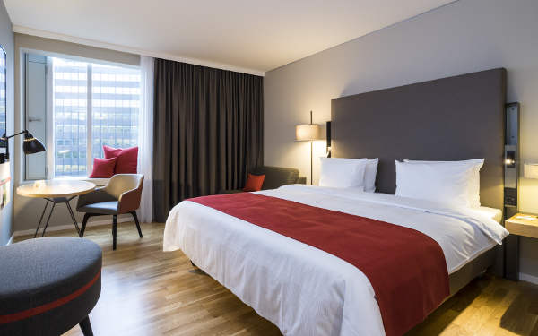 hamburg-holiday-inn-hh-city-nord-zimmer-content